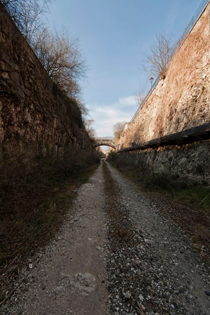 Linthout_Stazione-Ceraino_Italia_05