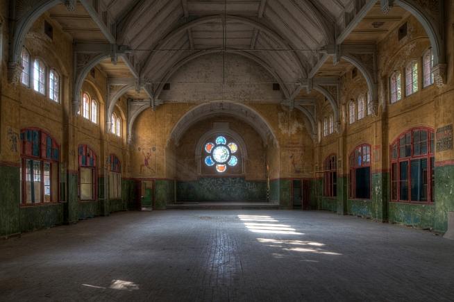 Beelitz Sanatorium/ Military Hospital