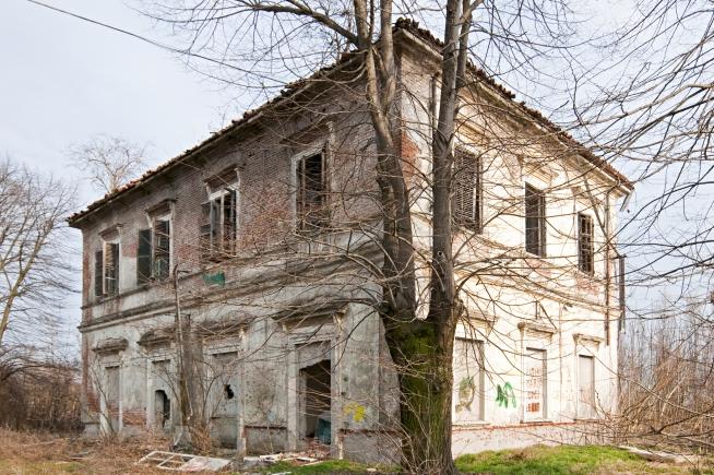 Aselogna station